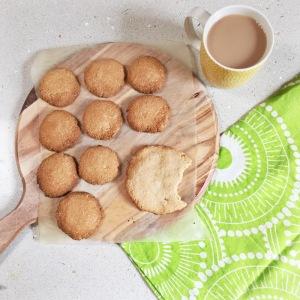 Healthy, delicious almond & vanilla cookies